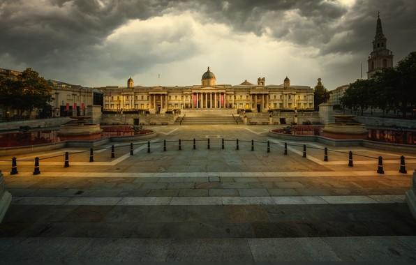 Картинка тучи, город, Англия, Лондон, здания, Великобритания, музей, фонтаны, Трафальгарская площадь, национальная галерея