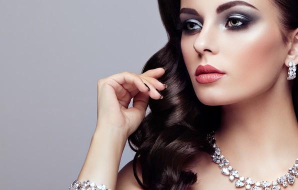 Картинка девушка, стиль, рука, портрет, макияж, браслет, колье, Oleg Gekman