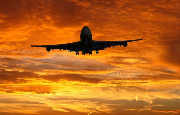 Картинка Небо, Облака, Восход, Самолет, Лайнер, Полет, Взлет, Авиалайнер, Boeing 747, Боинг 747, Пассажирский самолёт