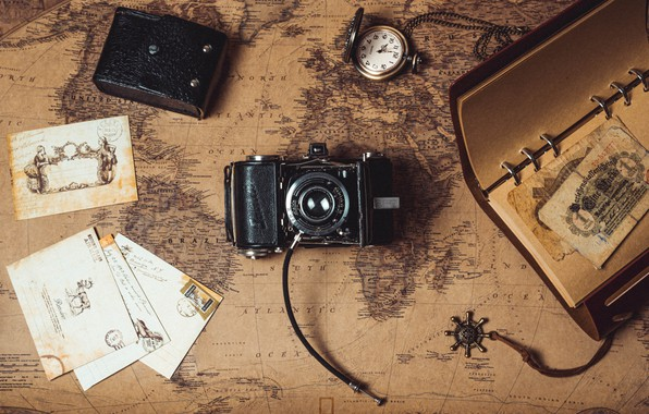 Картинка часы, карта, деньги, фотоаппарат, блокнот, письма