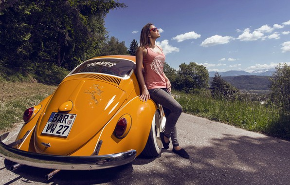 Картинка Girl, Car, Summer, Road