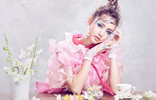 Картинка взгляд, девушка, цветы, поза, стиль, макияж, сладости, Sofie, орхидея