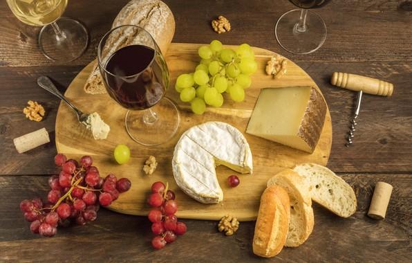 Картинка стол, вино, сыр, бокалы, хлеб, виноград, пробки, доска, вилка, штопор, грецкий орех