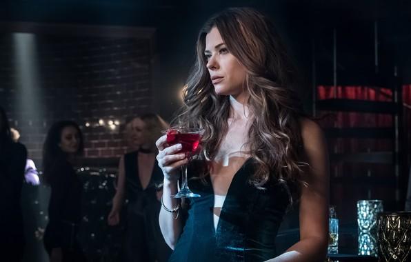 Картинка женщина, бар, платье, алкоголь, эффектная, Gotham