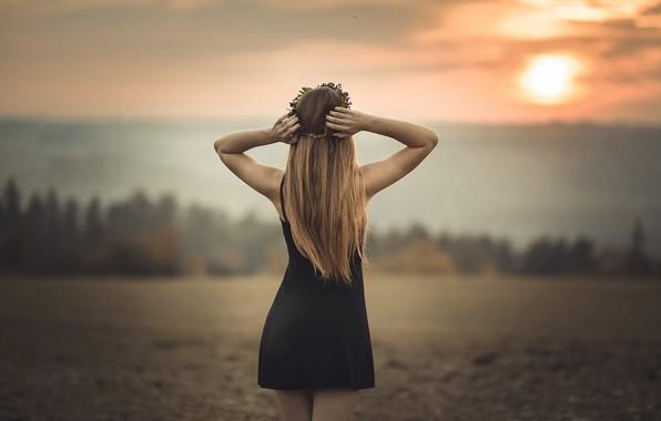 Картинка девушка, закат, волосы, спина, фигура, платье, Jiri Tulach