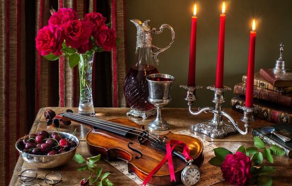 Картинка цветы, стиль, ягоды, ноты, вино, скрипка, часы, бокал, книги, розы, букет, свечи, очки, натюрморт, черешня, …