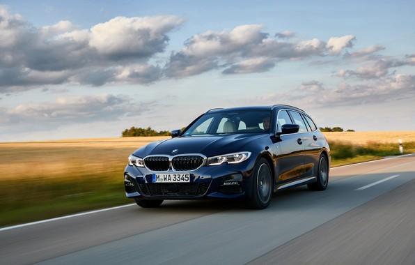 Картинка BMW, 3-series, универсал, на дороге, тёмно-синий, 3er, 2020, G21, 330d xDrive Touring
