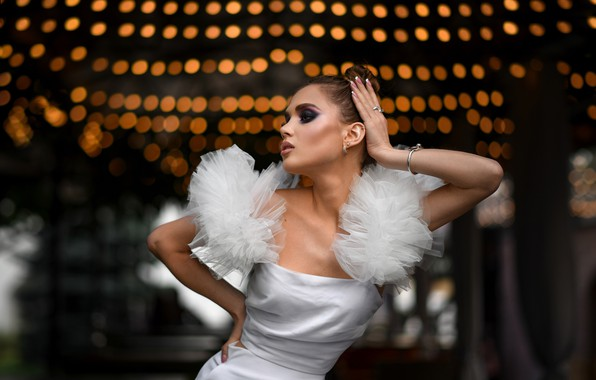 Картинка девушка, поза, стиль, модель, руки, макияж, платье, Александра Дубовская, Дмитрий Медведь