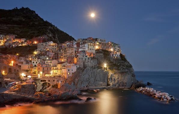 Картинка море, вода, горы, ночь, луна, Италия, moon, sea, Italy, water, night, mountain, Italia, town, Manarola