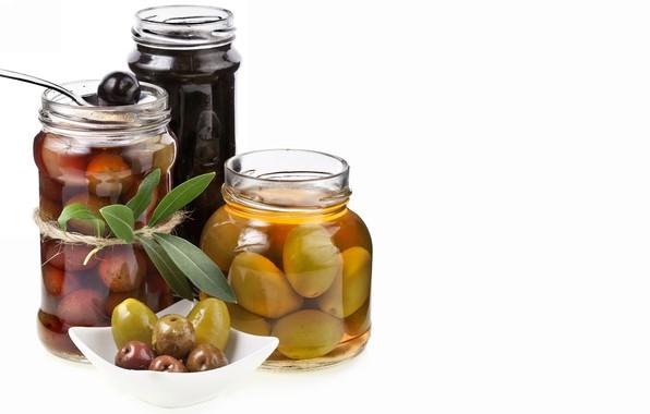 Картинка банки, оливки, листики