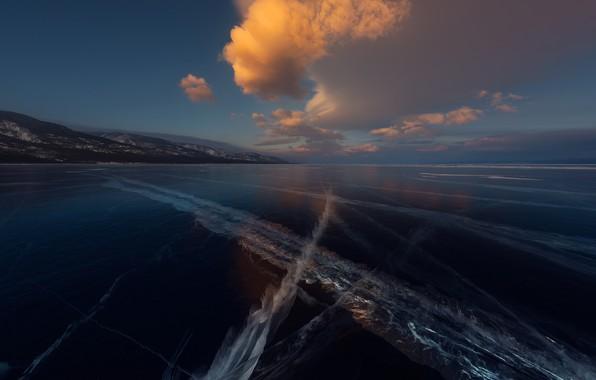 Картинка лед, небо, облака, озеро, Байкал, ice, sky, clouds, lake, Baikal, Zhu Xiao
