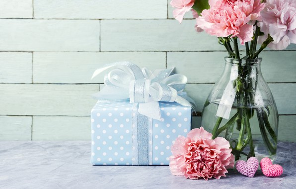 Картинка цветы, подарок, сердечки, love, розовые, pink, flowers, beautiful, romantic, hearts, gift, гвоздики, carnation