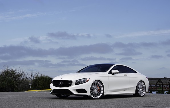 Картинка Mercedes, Coupe, White, S550, Sight, 4-Matic