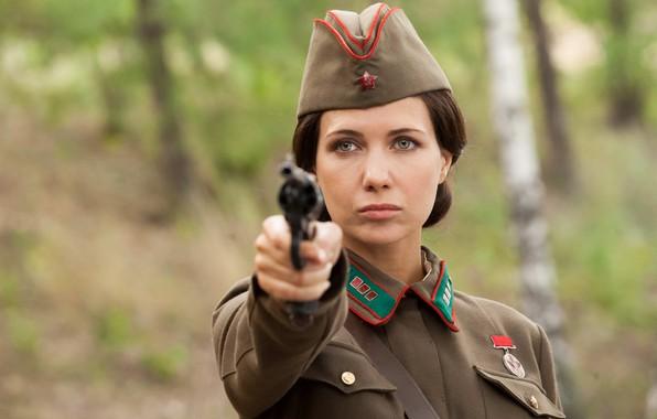 Картинка взгляд, оружие, Екатерина Климова, форма военная, Светлана Елагина, По законам военного времени