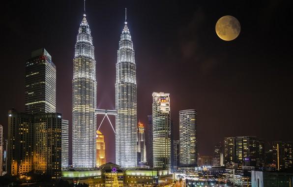 Картинка ночь, город, луна, Малайзия, Куала Лумпур