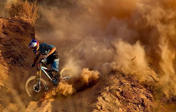 Картинка велоспорт, даунхилл, велогонка, спуск с горы, велобайк, Скоростной спуск
