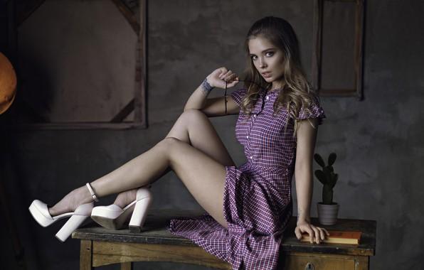 Картинка legs, model, pretty, pose, heels