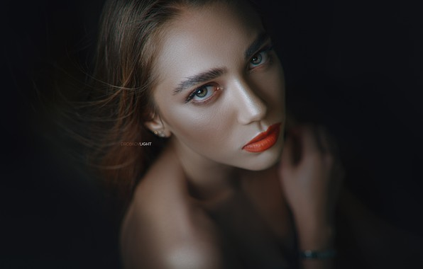 Картинка глаза, взгляд, поза, модель, портрет, Девушка, губы, плечи, Alexander Drobkov-Light, Анжелика Заварзина