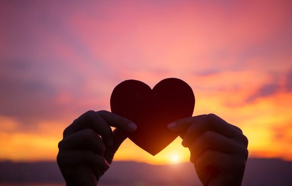 Картинка любовь, закат, сердце, руки, love, heart, sunset, romantic, purple, hands