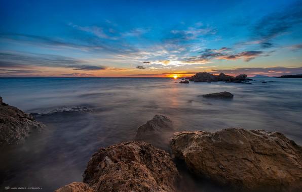 Картинка море, небо, солнце, облака, закат, камни, побережье, вечер, горизонт, Испания, Valencia, рифы, Cullera
