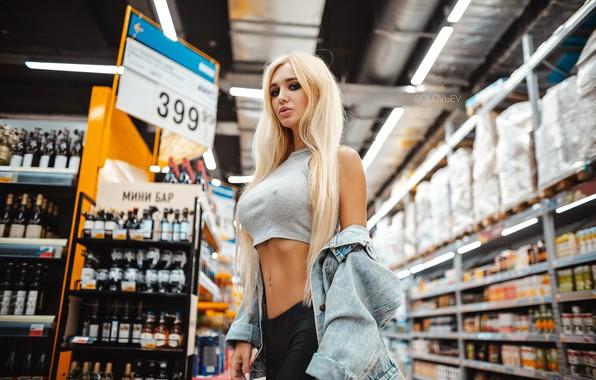 Картинка взгляд, девушка, поза, фигура, блондинка, магазин, Артём Соловьёв, Аришка Миронова, ARTEM SOLOVЬEV