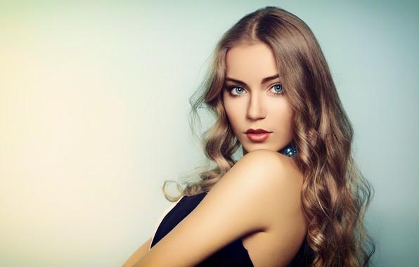 Картинка girl, Model, long hair, dress, photo, blue eyes, bokeh, lips, face, blonde, necklace, portrait, mouth, …
