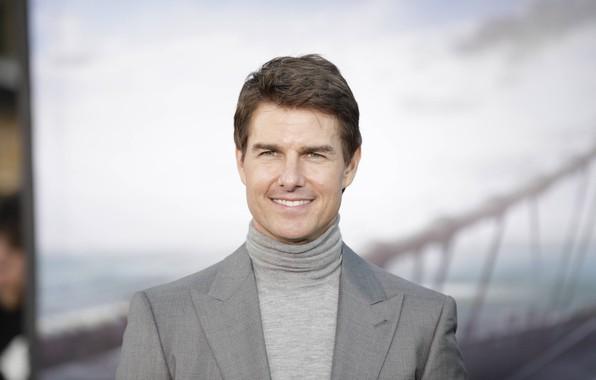 Картинка взгляд, поза, улыбка, актёр, Том Круз, режиссёр, сценарист, Tom Cruise, кинопродюсер