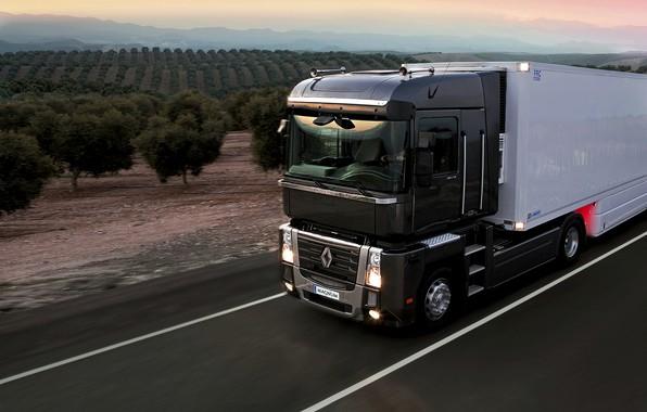 Картинка дорога, закат, чёрный, грузовик, Renault, Magnum, седельный тягач, 4x2, полуприцеп, Renault Trucks