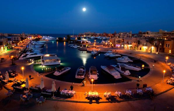 Картинка море, ночь, город, огни, берег, здания, пристань, дома, лодки, причал, освещение, кафе, Дубай, курорт, набережная, ...