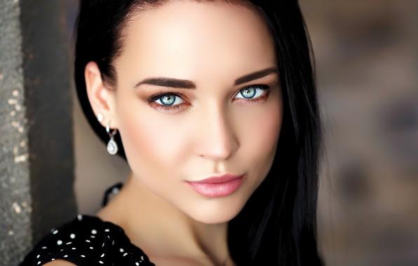 Картинка girl, long hair, photo, blue eyes, model, lips, brunette, black hair, portrait, mouth, close up, …