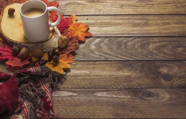 Картинка осень, листья, фон, дерево, кофе, colorful, шарф, чашка, wood, background, autumn, leaves, cup, coffee, осенние, ...