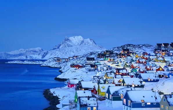 Картинка зима, море, снег, горы, огни, дома, Гренландия, Нуук