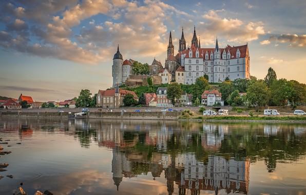 Картинка отражение, река, замок, здания, дома, Германия, набережная, Germany, Саксония, Saxony, Майсен, Elbe River, Замок Альбрехтсбург, …