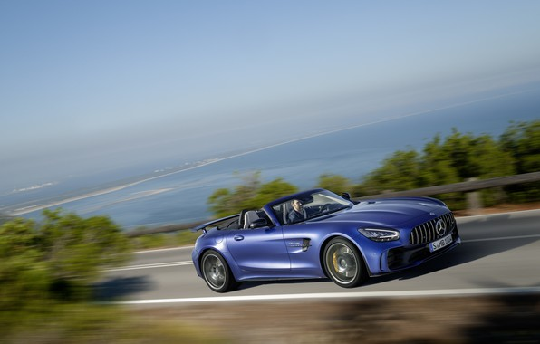 Картинка машина, асфальт, вода, фары, Mercedes-Benz, скорость, родстер, GT R, Mercedes-AMG