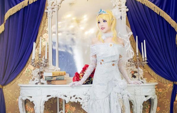 Картинка взгляд, девушка, свет, украшения, цветы, поза, стиль, милая, белое, книги, розы, интерьер, свечи, руки, макияж, …