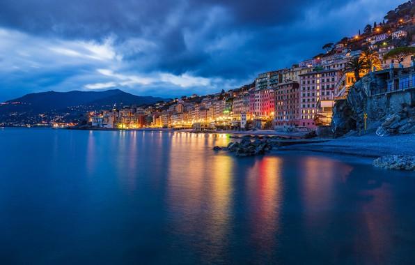 Картинка море, побережье, здания, дома, Италия, ночной город, Italy, Лигурийское море, Camogli, Лигурия, Liguria, Камольи, Ligurian …