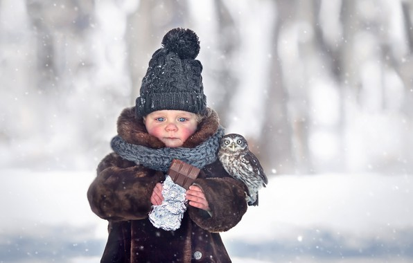 Картинка зима, снег, шапка, девочка, шоколадка, малышка, птенец, ребёнок, шубка, совёнок, Марианна Смолина