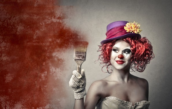 Картинка девушка, поза, фон, краска, рука, портрет, шляпа, макияж, клоун, прическа, наряд, рыжая, кисть, перчатка, грим, …