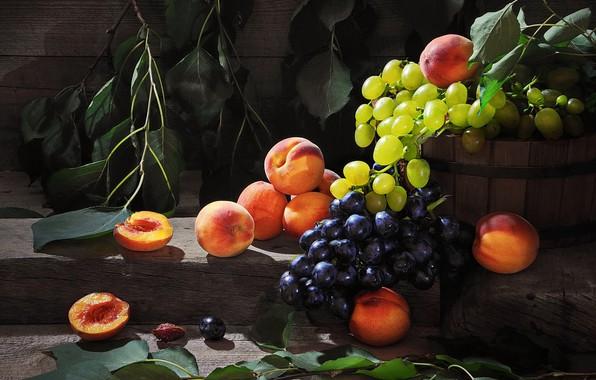 Картинка листья, ветки, ягоды, доски, виноград, фрукты, персики, Сергей Фунтовой