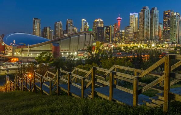 Картинка город, огни, спуск, здания, вечер, ограждение, Канада, лестница, перила, ступени, Альберта, иллюминация, Калгари, архитектурные сооружения