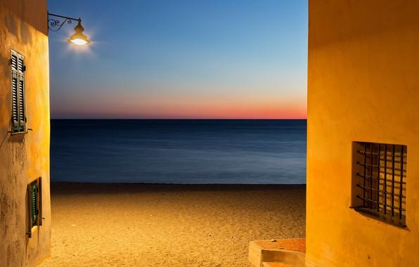 Картинка море, пляж, стена, окна, горизонт, фонарь, windows, wall, beach, sea, horizon, lantern