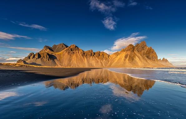 Картинка море, пляж, небо, вода, солнце, облака, горы, отражение, побережье, Исландия