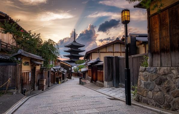 Картинка закат, город, улица, дома, вечер, Япония, фонари, Киото, пагода Ясака, Yasaka Pagodа