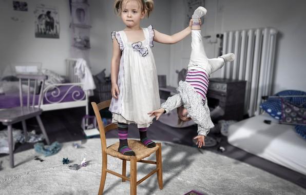 Картинка дети, фото, комната, стулья, ситуация