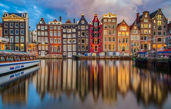 Картинка отражение, здания, дома, Амстердам, канал, Нидерланды, Amsterdam, теплоход, Netherlands, Дамрак, Damrak