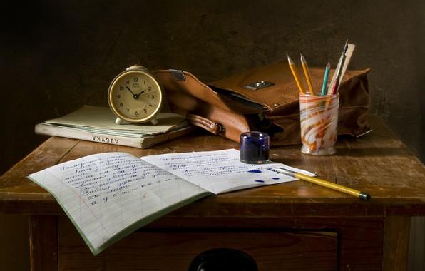 Картинка письмо, стакан, стиль, ретро, буквы, стол, фон, перо, прошлое, учеба, часы, перья, карандаши, книга, кляксы, …