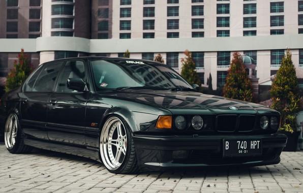 Картинка BMW, 740, 7-Series, E32