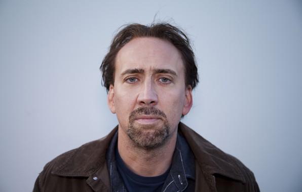 Картинка взгляд, поза, Николас Кейдж, борода, актёр, actor, view, продюсер, pose, Nicolas Cage, кинорежиссёр, beard, producer, …
