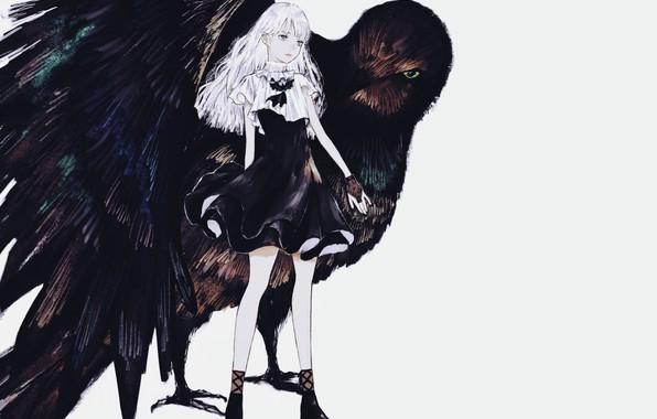 Картинка девочка, серый фон, белые волосы, чёрное платье, митенки, черный ворон