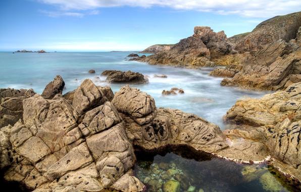 Картинка море, небо, облака, камни, скалы, побережье, Франция, горизонт, France, мыс, Бретань, Bretagne, полуостров, Pointe de …